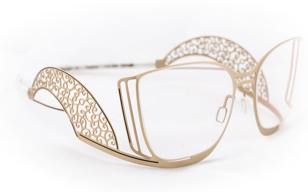 Les 3 bonnes raisons de porter des lunettes (et d'aimer ça)!